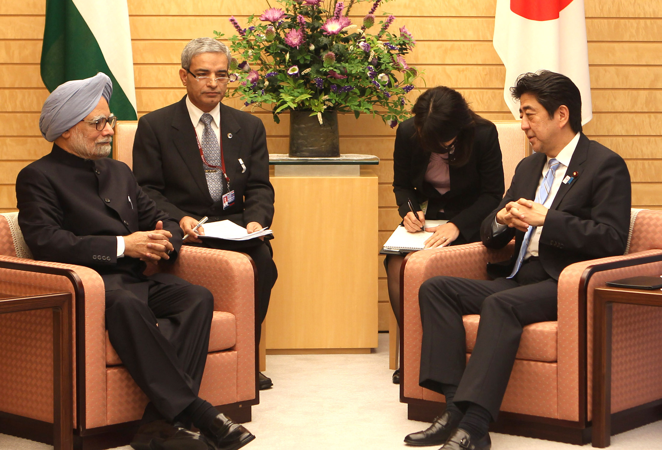 Image result for dr manmohan singh with shinzo abe