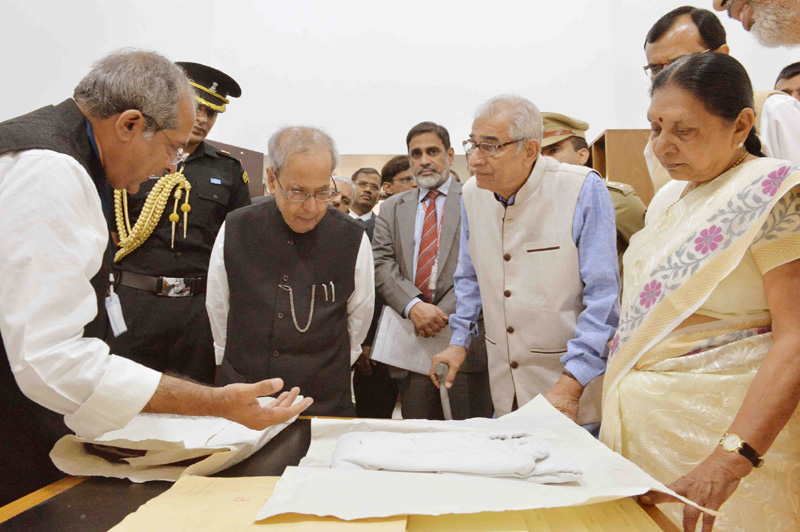 Real dirt lies not on streets but in the minds: Prez Mukherjee