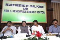 The Minister of State (Independent Charge) for Power, Coal and New and Renewable Energy, Shri Piyush Goyal reviewing the progress of work in energy sector in Odisha with State Government, in Bhubaneswar on September 03, 2015. 