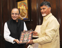 The Chief Minister, Andhra Pradesh, Shri N. Chandrababu Naidu meeting the Union Minister for Finance, Corporate Affairs and Information & Broadcasting, Shri Arun Jaitley, in New Delhi on July 01, 2016.