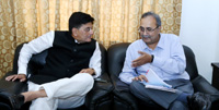 The Energy Minister of Gujarat, Shri Saurabhbhai Patel meeting the Minister of State for Power, Coal, New and Renewable Energy and Mines (Independent Charge), Shri Piyush Goyal, to discuss the matters related to Power, Coal, NRE & Mines Sectors, in New Delhi on July 25, 2016.