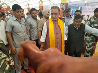 The Union Minister for Agriculture and Farmers Welfare, Shri Radha Mohan Singh visiting the Pandit Deen Dayal Upadhyay Krishi Unnati Mela – 2016, in Mathura on September 26, 2016.