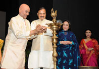 The Minister of State for Culture and Tourism (Independent Charge), Dr. Mahesh Sharma lighting the lamp to inaugurate the 20th Edition of Parampara Series-2016 - National Festival of Music and Dance, in New Delhi on September 30, 2016.