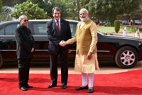 The President of the Republic of Cyprus, Mr. Nicos Anastasiades being received by the President, Shri Pranab Mukherjee and the Prime Minister, Shri Narendra Modi, at the Ceremonial Reception, at Rashtrapati Bhavan, in New Delhi on April 28, 2017.