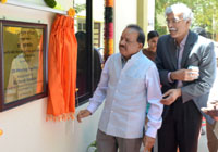 The Union Minister for Science & Technology and Earth Sciences, Dr. Harsh Vardhan unveiling the plaque to inaugurate the Additive Manufacturing Facility 3D Printer unit developed by the CSIR-Central Electrochemical Research Institute (CECRI), in Karaikudi, Sivaganga, Tamil Nadu on February 25, 2017.