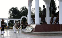 The Prime Minister, Shri Narendra Modi laying wreath at the War Memorial in Indian Military Academy, Dehradun, ahead of the Combined Commanders Conference, on January 21, 2017.