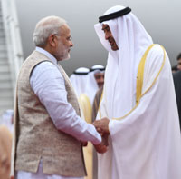 The Prime Minister, Shri Narendra Modi receiving the Crown Prince of Abu Dhabi, Deputy Supreme Commander of U.A.E. Armed Forces, General Sheikh Mohammed Bin Zayed Al Nahyan, on his arrival in New Delhi on January 24, 2017.