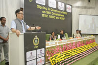 The Minister of State for Home Affairs, Shri Kiren Rijiju addressing at the signing in ceremony of MoU on Skill Development, between ITBP and National Skill Development Corporation, in New Delhi on June 27, 2017.  The Minister of State for Skill Development & Entrepreneurship (Independent Charge) and Parliamentary Affairs, Shri Rajiv Pratap Rudy and the DG, ITBP, Shri Krishna Chaudhary are also seen.