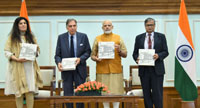 The Prime Minister, Shri Narendra Modi releasing the Platinum Jubilee Milestone book on Tata Memorial Centre, in New Delhi on May 25, 2017.